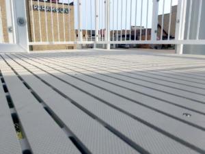 RecStep-safe-waterslide-steps-outdoor-platform